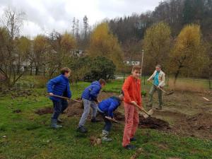 Šolski ekovrtovi v okviru projekta EAThink